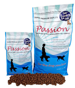 Dog_Lovers_Gold_Passion_Salmon